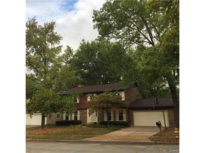 Chesterfield MO Single Family Home For Sale: $392,000