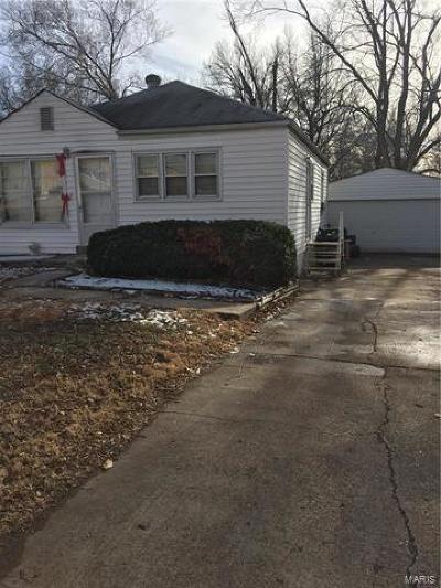 Single Family Home For Sale: 38 Reasor