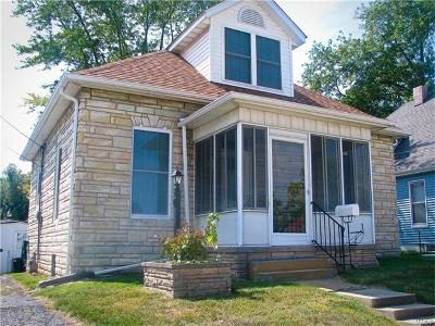 Collinsville Single Family Home For Sale: 1016 West Main Street