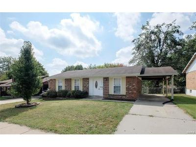 Florissant Single Family Home For Sale: 2628 Freemantle Drive