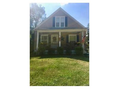 Hannibal MO Single Family Home For Sale: $96,500
