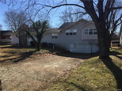 Berger, New Haven Single Family Home Contingent w/Kickout: 9630 Highway 100