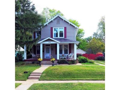 St Louis Single Family Home For Sale: 230 Simmons Avenue