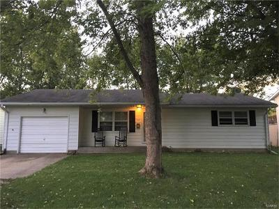 Jerseyville IL Single Family Home For Sale: $95,500