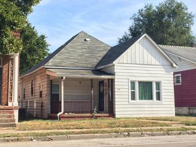 Single Family Home For Sale: 468 North 25th Street