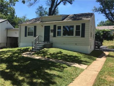 Single Family Home For Sale: 6115 Avila Drive