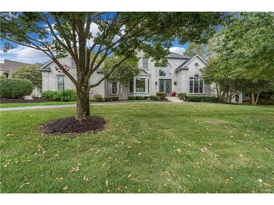 Chesterfield Single Family Home Contingent No Kickout: 14331 Manderleigh Woods Drive