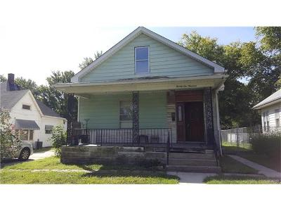 Alton IL Single Family Home For Sale: $122,000