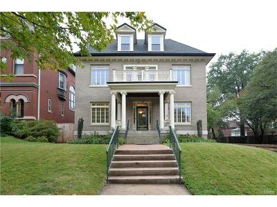 St Louis Single Family Home For Sale: 3670 Flora Place