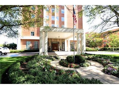 St Louis Condo/Townhouse For Sale: 710 South Hanley #14C