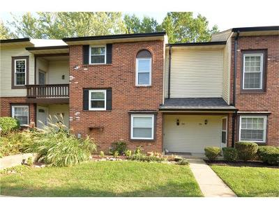 Chesterfield MO Condo/Townhouse For Sale: $172,500