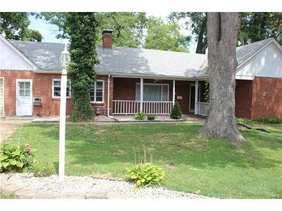 Alton IL Single Family Home For Sale: $99,900