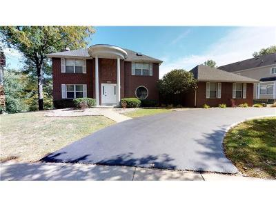 Chesterfield MO Single Family Home For Sale: $469,000