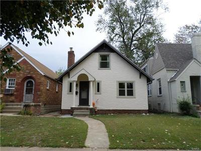 Single Family Home For Sale: 2030 Bredell Avenue