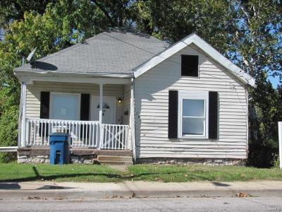 Alton IL Single Family Home For Sale: $22,900