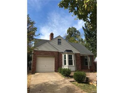 St Louis County Single Family Home For Sale: 1327 Monier