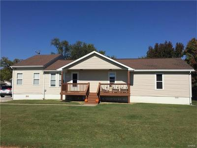ST CHARLES Single Family Home For Sale: 2629 Susan Ave