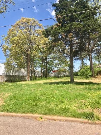 Single Family Home For Sale: 8121 Hicks Avenue