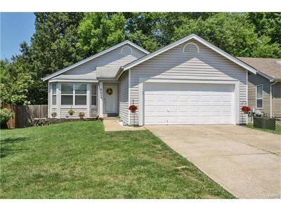 O'Fallon Single Family Home For Sale: 2419 Beaujolais Drive