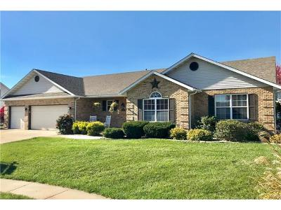 Single Family Home For Sale: 805 Fieldpoint Court