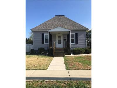 Collinsville Single Family Home For Sale: 234 North Combs Avenue