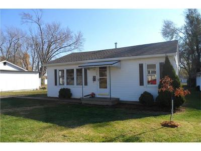 Farmington Single Family Home For Sale: 310 Oak Street