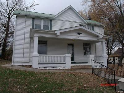 Berger, New Haven Single Family Home For Sale: 915 Maupin Avenue