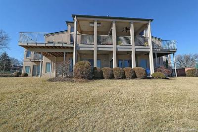 Scott County, Cape Girardeau County, Bollinger County, Perry County Condo/Townhouse For Sale: 241 Aquamsi #2