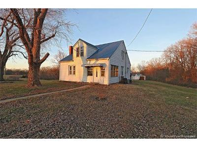 Scott County, Cape Girardeau County, Bollinger County, Perry County Single Family Home For Sale: 11804 State Highway 72