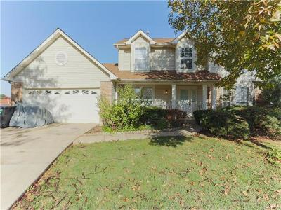 St Charles Single Family Home For Sale: 3735 Cambridge Crossing Drive
