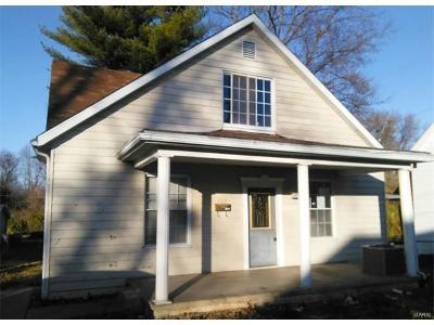 O'Fallon Single Family Home For Sale: 103 Karl Place