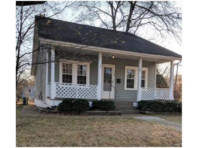 Single Family Home For Sale: 700 Marshall Avenue