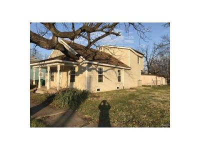 Pacific MO Single Family Home For Sale: $5,000