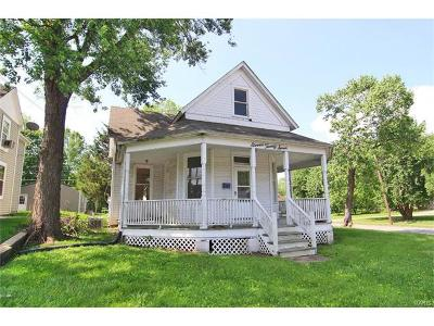 Scott County, Cape Girardeau County, Bollinger County, Perry County Single Family Home For Sale: 1127 William