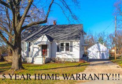 Edwardsville IL Single Family Home For Sale: $150,000