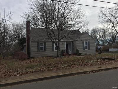 Farmington Single Family Home For Sale: 412 South A