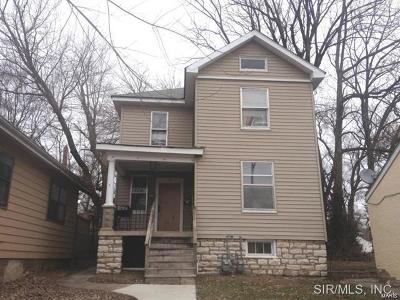Alton Multi Family Home For Sale: 710 East 6th