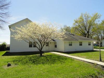 St Charles County Single Family Home For Sale: 1453 4th