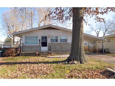 St Louis County Single Family Home For Sale: 10400 Durness
