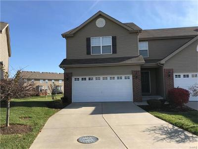 Fairview Heights Condo/Townhouse For Sale: 837 Foxgrove Drive