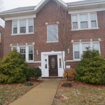 St Louis Condo/Townhouse For Sale: 5960 Oakherst Place #1