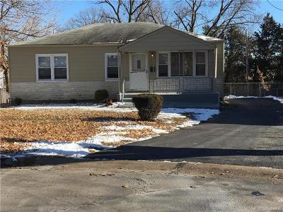 Olivette Single Family Home For Sale: 1102 Irvington