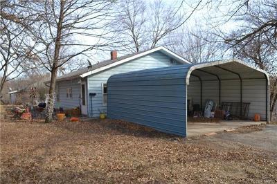 Alton Single Family Home For Sale
