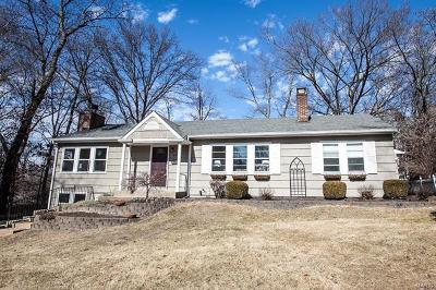 Webster Groves Single Family Home For Sale: 649 Newport Avenue