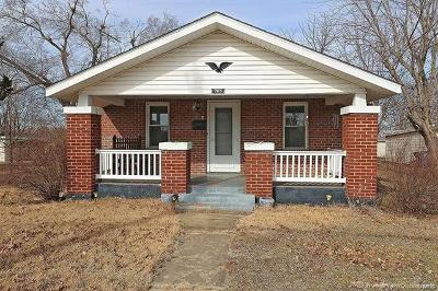 Desloge Single Family Home For Sale: 705 East Chestnut