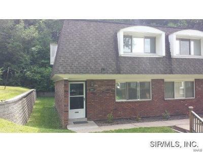 Collinsville Condo/Townhouse For Sale: 1059 Lafayette