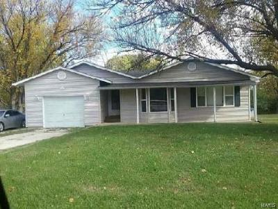 Pacific MO Single Family Home For Sale: $89,700