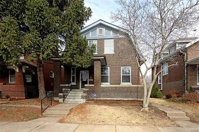 St Louis City County Single Family Home For Sale: 907 Dover Place