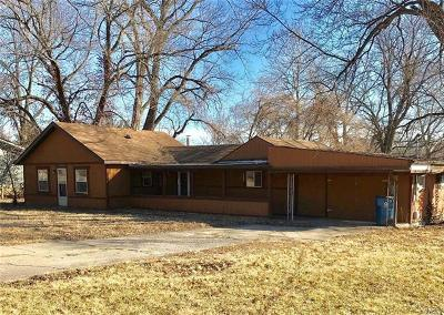 Collinsville Single Family Home For Sale: 1012 Alco