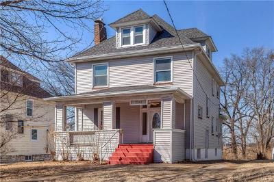 Maplewood Single Family Home Option: 2847 Laclede Station
